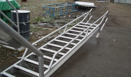 Aluminum conveyor crossover stairs above view