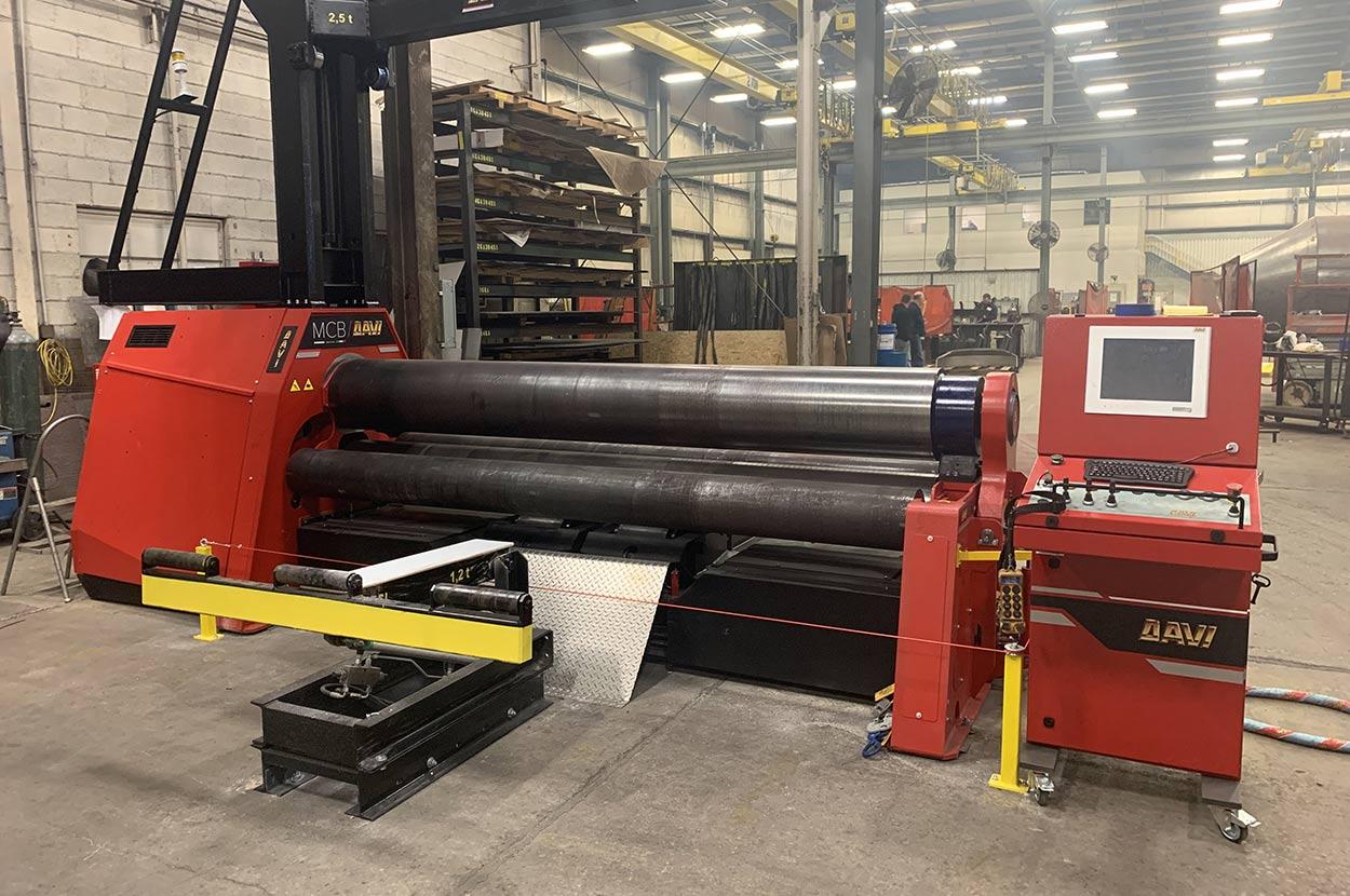 Davi plate roller in warehouse
