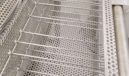 Fabricated stainless steel dip basket